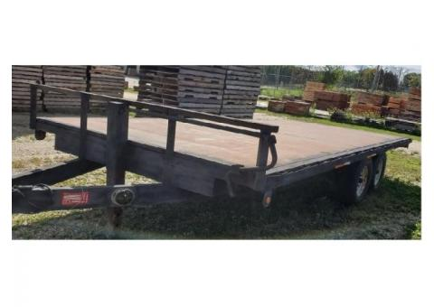 2002 Rugged Road 18' Trailer