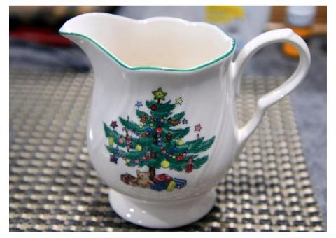 Vintage Nikko cups and saucers Christmas Happy Holidays theme