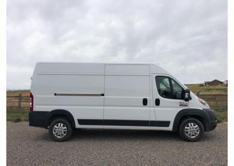Dodge Ram Promaster 2500 Van - $28500